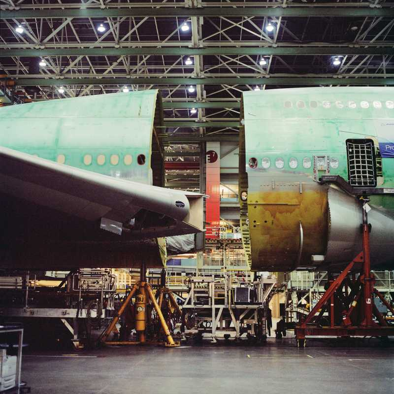 The front and middle sections of the 747-8
