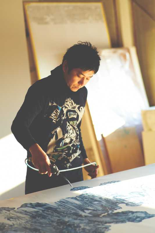 Kohei Nawa at work upstairs on Sandwich projects