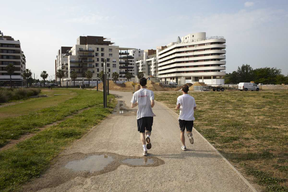 Joggers in the Port Marianne district