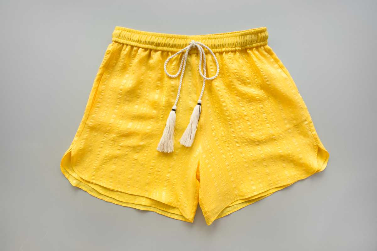 Shorts made of Soufli silk
