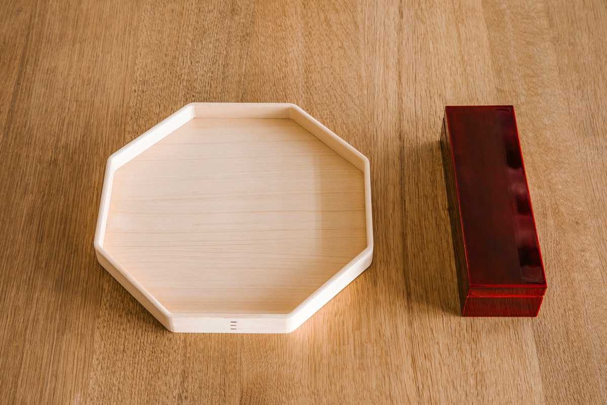 Hinoki-wood tray and a traditional lacquered box for pens