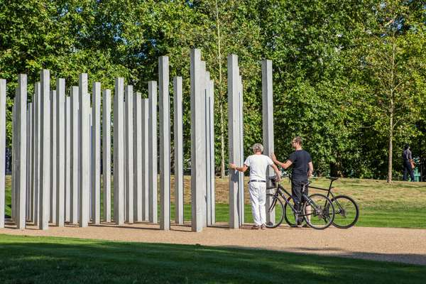 The London memorial invites moments of reflection