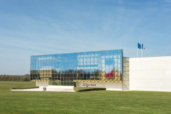 Head Office on the JCDecaux campus at Plaisir, near Versailles