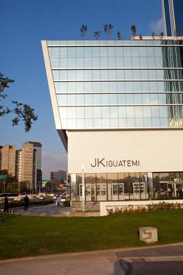 Façade of the new JK Iguatemi flagship