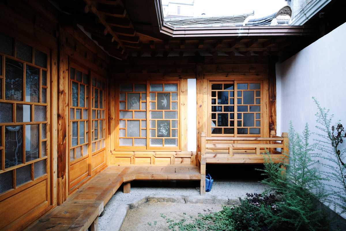 Courtyard with wooden railway