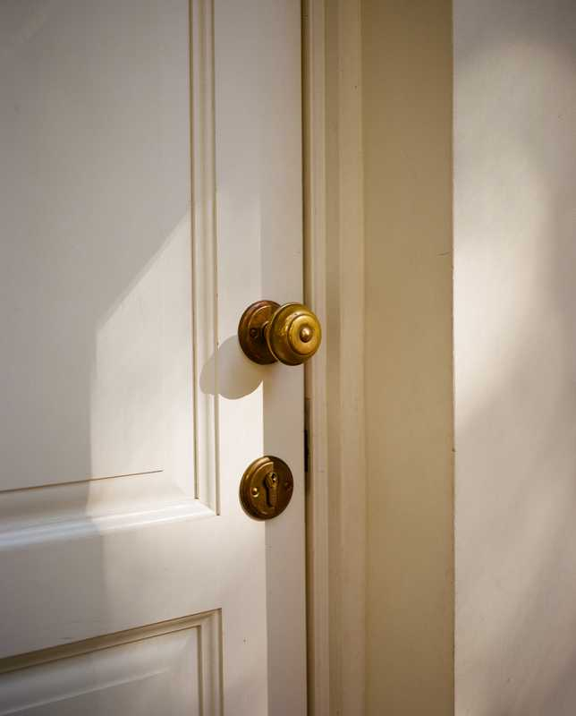 A fine eye for detail is applied to such fixtures as door knobs