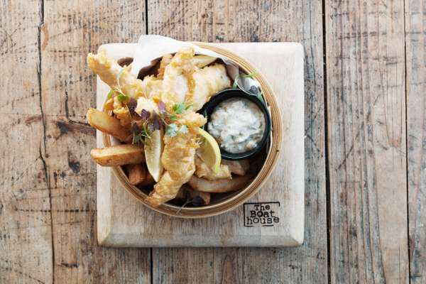 Star Dish – Fish and chips – The Boathouse, Palm Beach