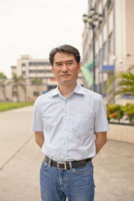 Jacky Yip, manager of Lian Hing clothes factory in Chashan