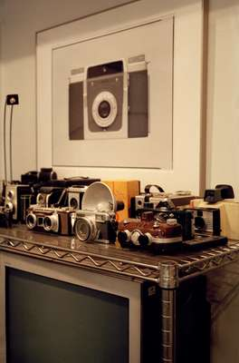 aishi Hirokawa's collection ofvintage cameras
