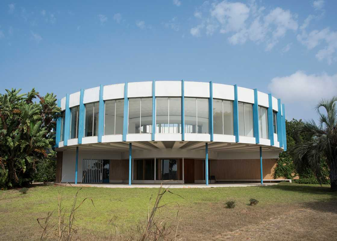 German architect Wolfgang Ewerth's Villa Ronde, finished in 1965, is a popular venue among admirers of modernism