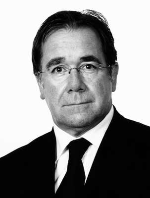 Murray McCully