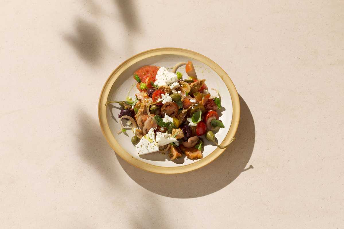 Dakos salad: tomato and bread salad
