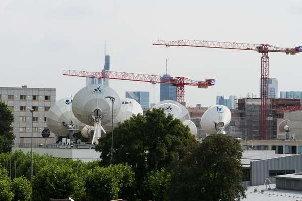 HR satellite dishes