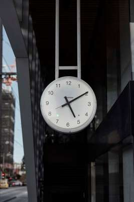 Studio Hi Ho's Congress clock