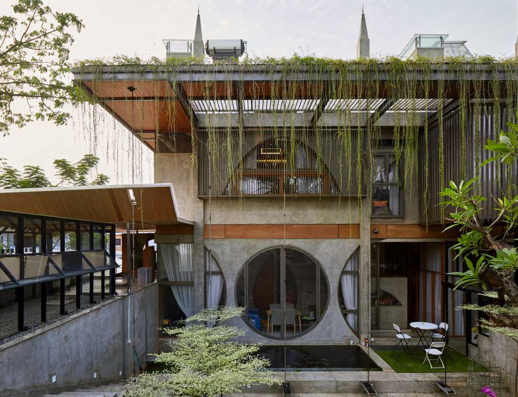 Offices and workshop of Raw Architecture
