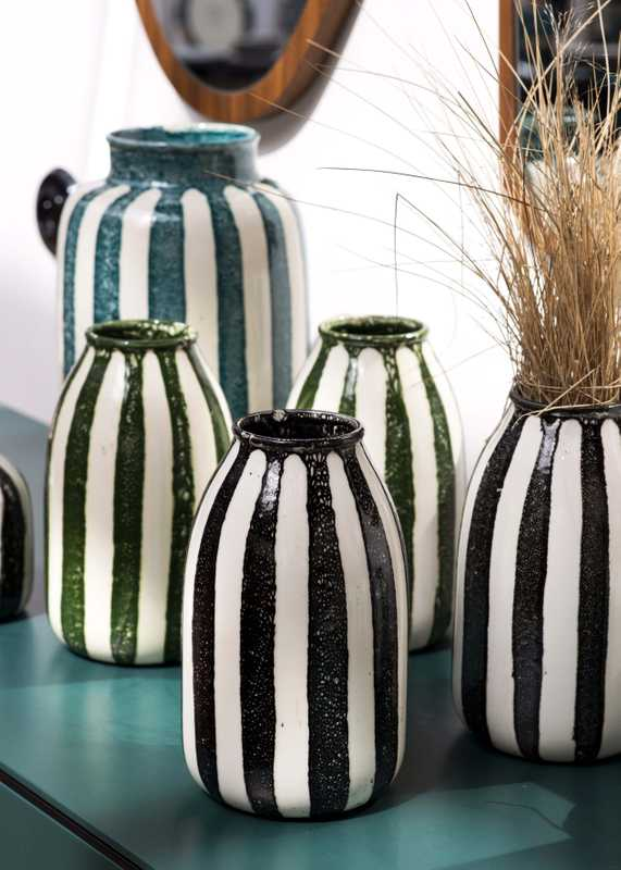 Vases made in Portugal