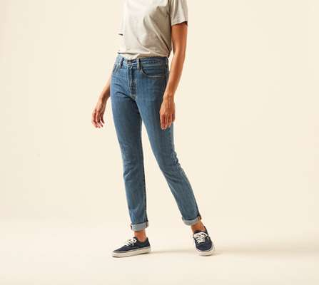 3. 501 skinny by Levi's  USA)