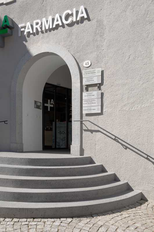 03. Entrance to Apotheke Dr Aichner