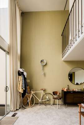 Pashley bike in the living from of Opdahl House