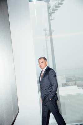 Lufthansa CEO Carsten Spohr in the new First Class lounge at Munich Airport