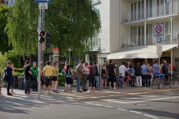 A popular ice cream shop at Theresienstrasse/Türkenstrasse