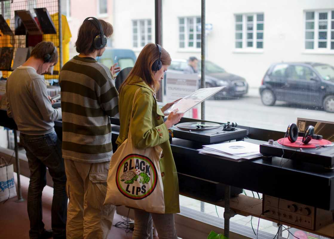Echt Optimal Schallplatten, Munich's most important DJ record store