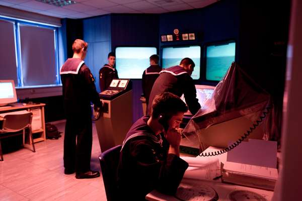 Piracus students practise in a navigation simulator room