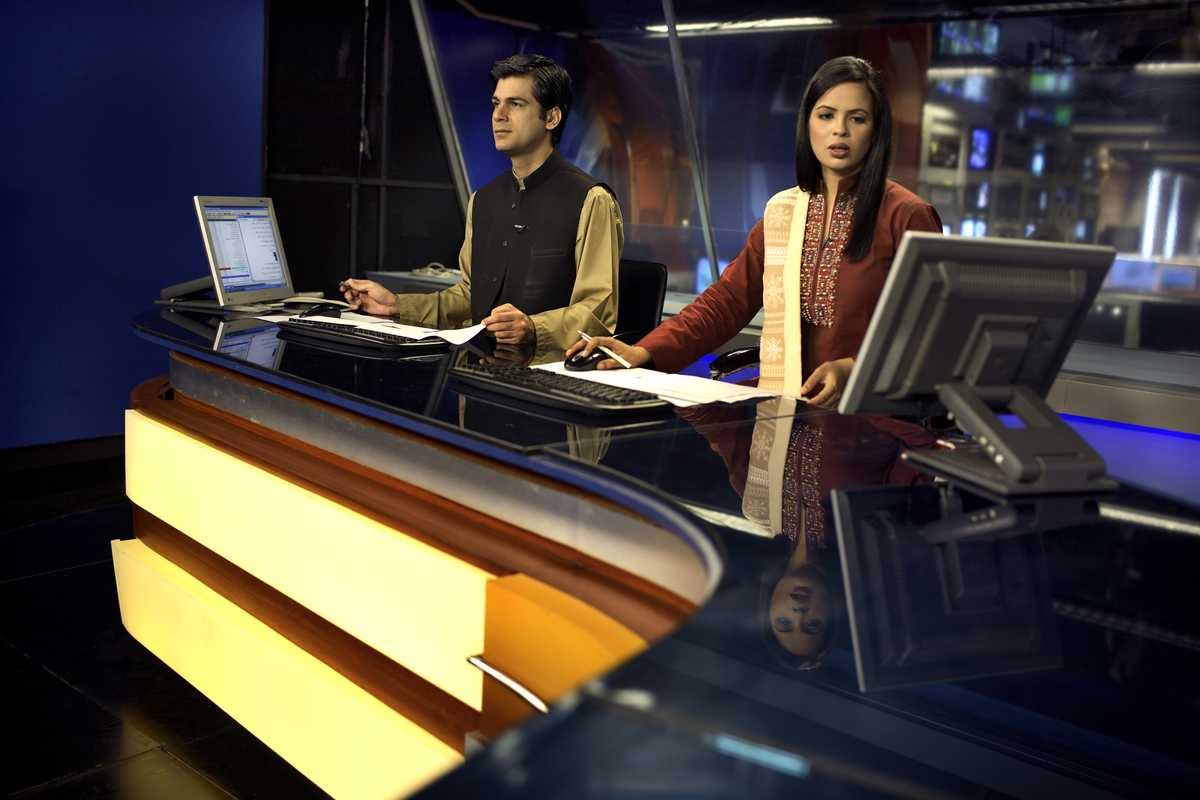 Khaled and Naija, presenters of GEO's lunchtime news