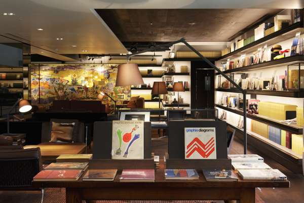 Tsutaya Books' second-floor Anjin lounge has armchairs, art and ambience