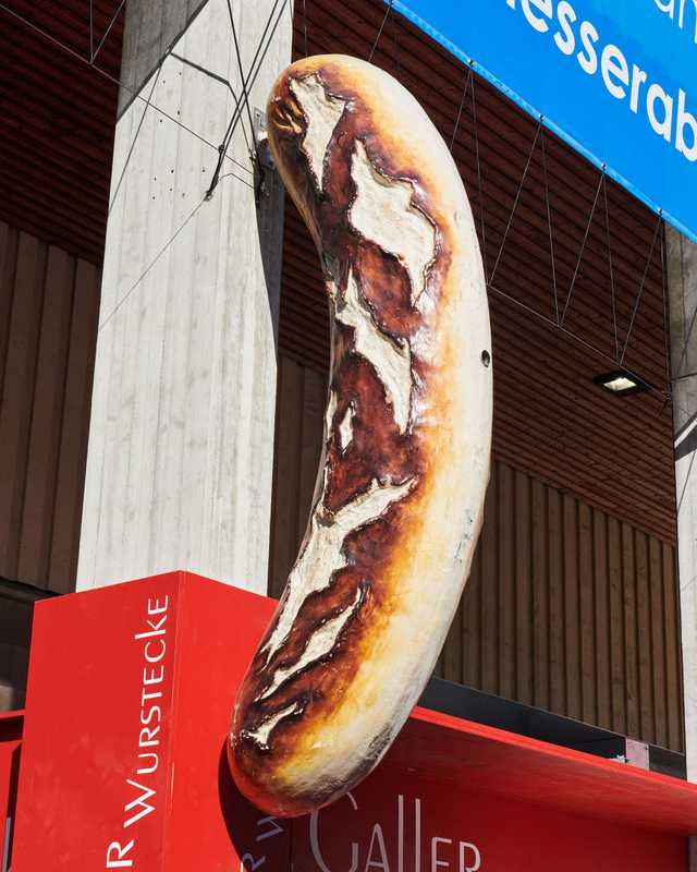 No visit is complete without a (very large) Bratwurst