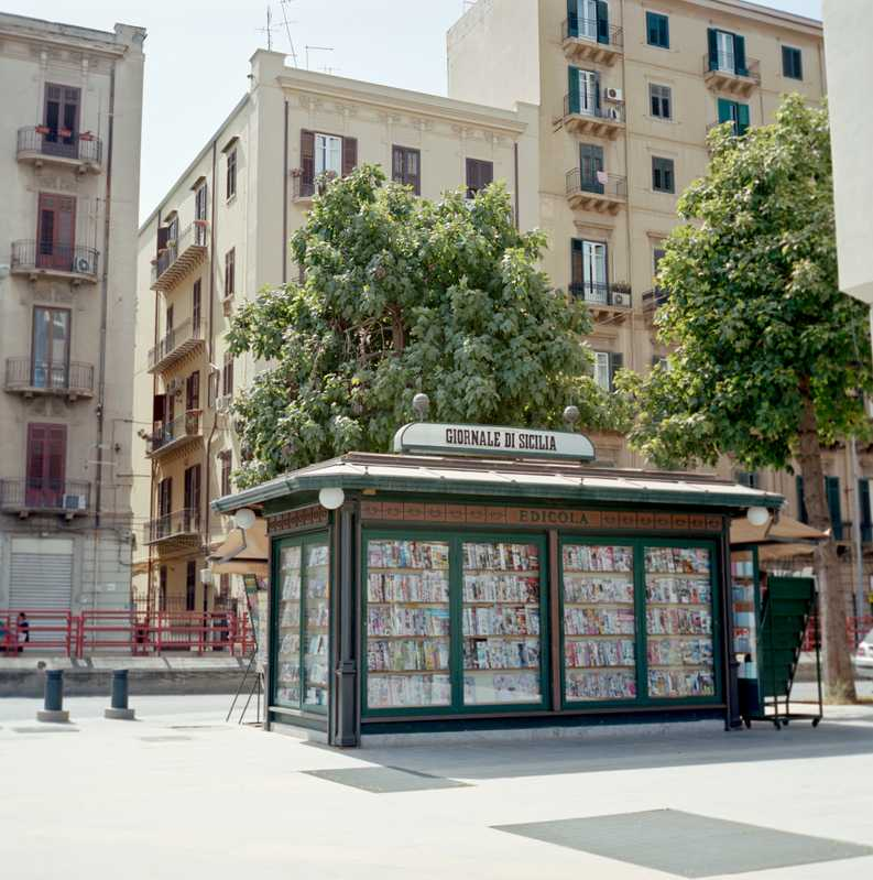 Newsstand on Piazza Orlando Vittorio Emanuele