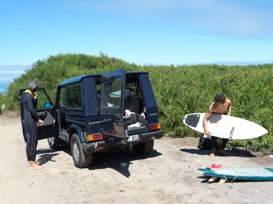 Surfing pit-stop