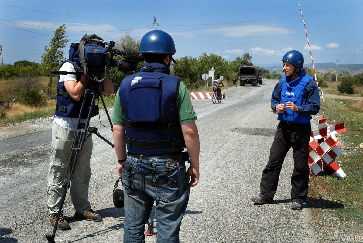 BBC crew at a South Ossetian checkpoint
