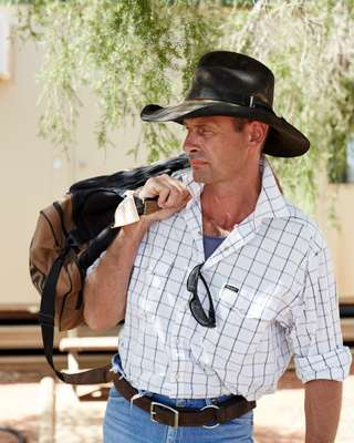 Cattlemen Colt Foley departs Windorah Airport
