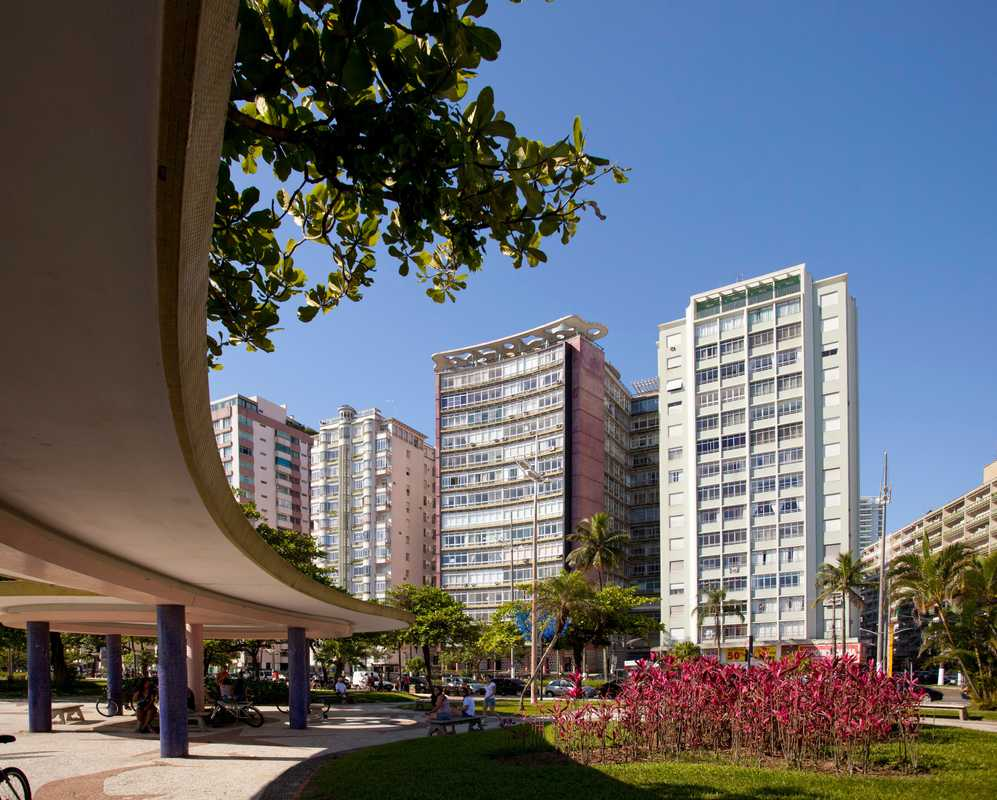 Edificio Parque Verde Mar by João Artacho Jurado
