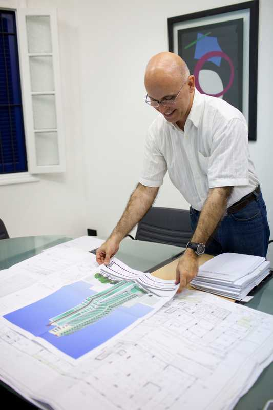 Daniel Proença, architect and director of the Santos Architects and Engineers Association