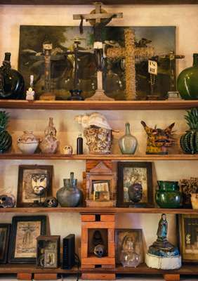 Shelves at Urbano Rental's Portico de la Candelaria property