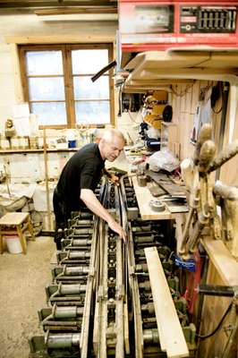 Ulf uses a 1960s Swedish ski press