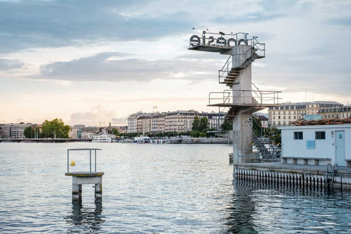 The Bains diving boards make for 'poésie' in motion