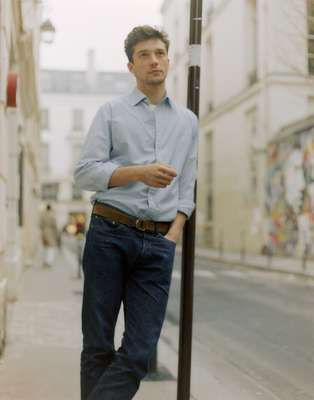 Shirt by Charvet, T-shirt by Calida, jeans by Resolute, belt by De Bonne Facture