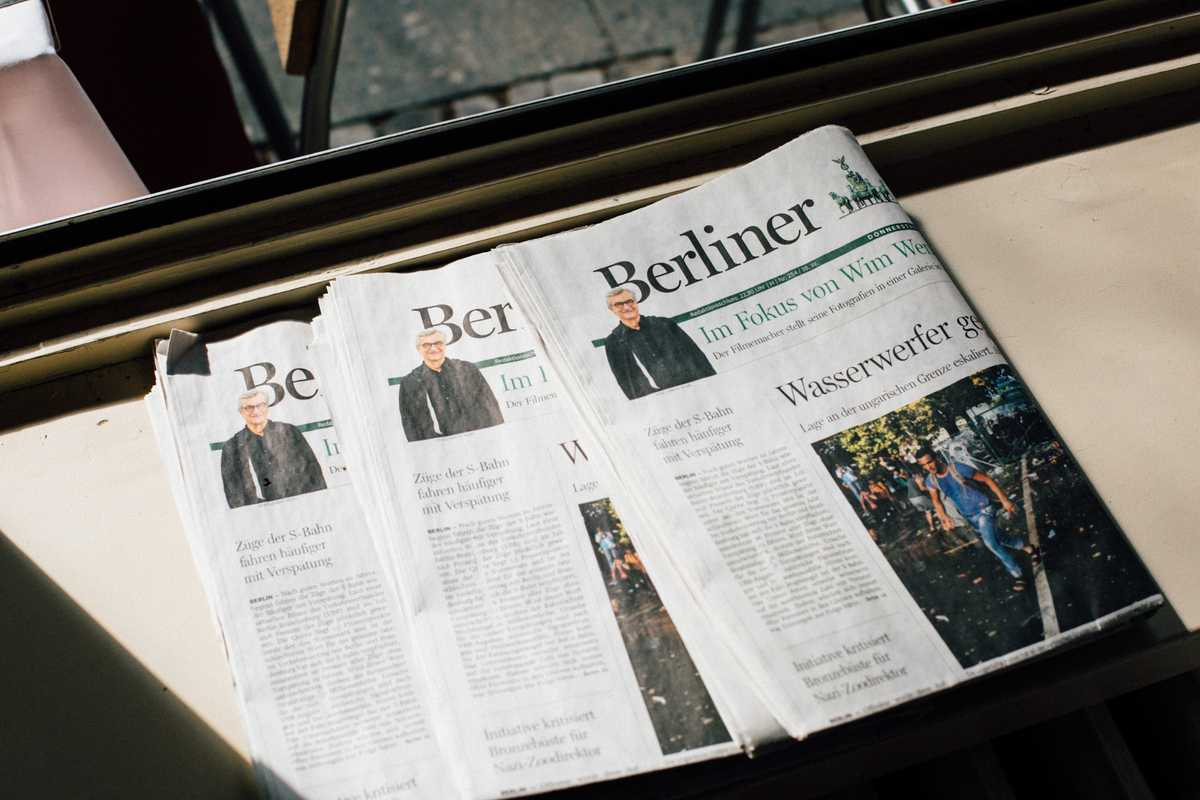 'Berliner Morgenpost' - with cover star Wenders
