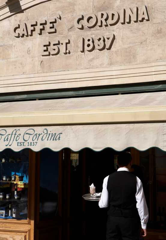 Caffe Cordina, the oldest patisserie in Valletta