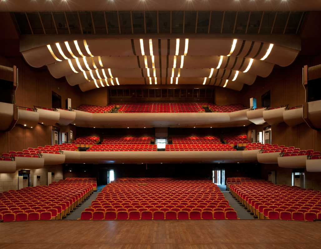 1,492-seater main hall at the National Theatre