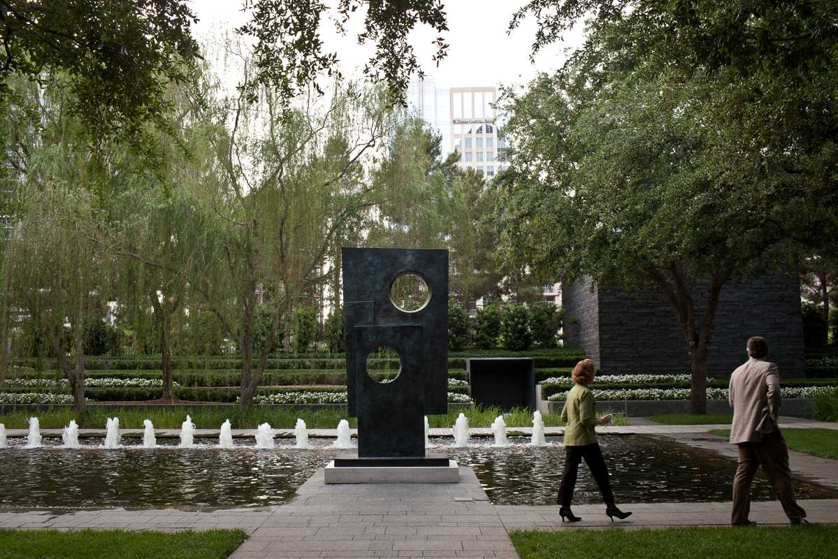 A Barbara Hepworth bronze in the garden of the Nasher Sculpture Center