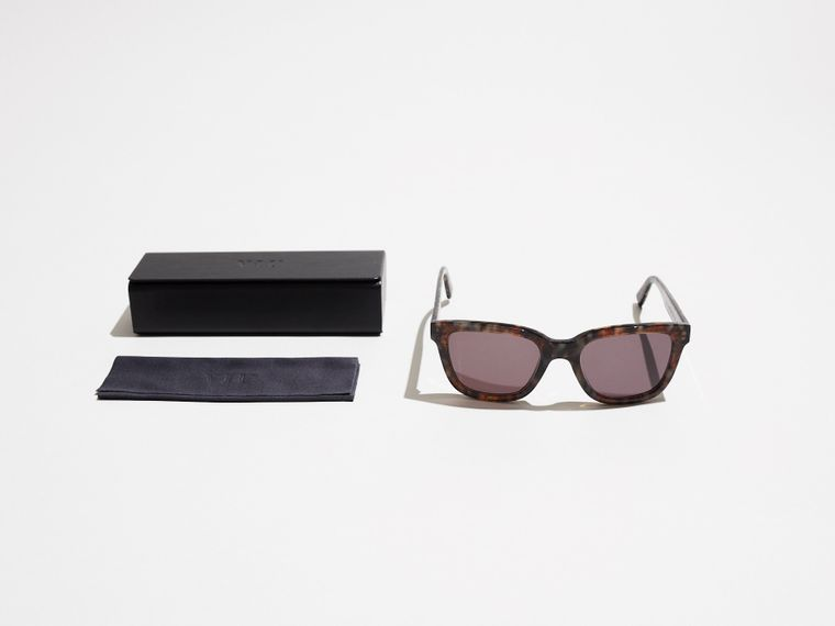 Viu x Monocle sunglasses granite